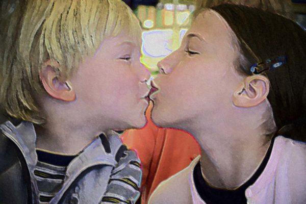 My Kids Kiss