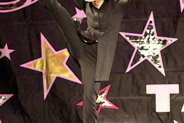 Leksy Dancing