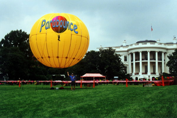 Parabounce at the White House